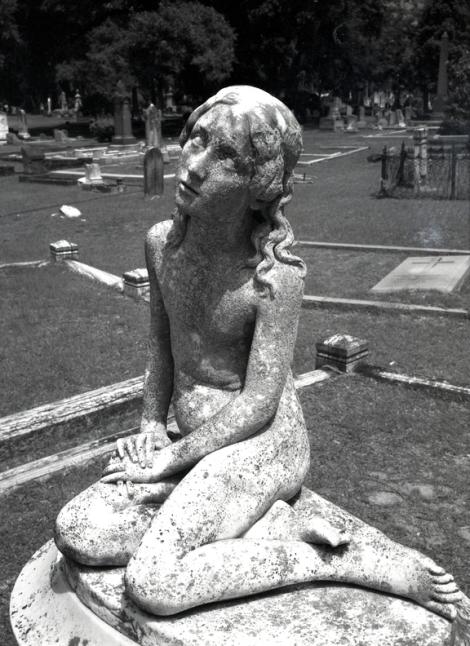 Statuary 1.jpg